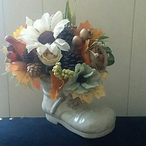 Fall/Thanksgiving flower arrangement